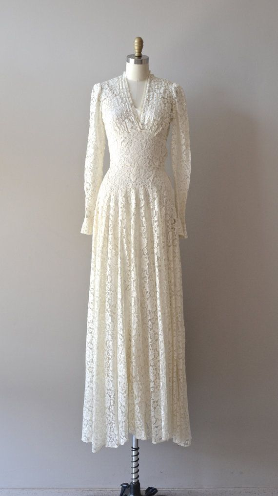 1930s wedding dress / lace 30s dress / Lissome Lace wedding gown