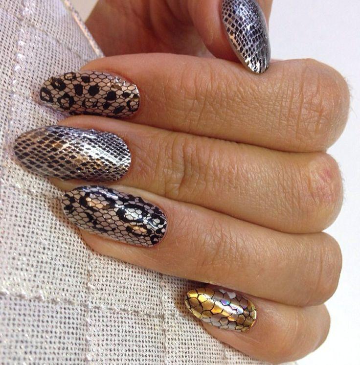 My snake skin MINX manicure!