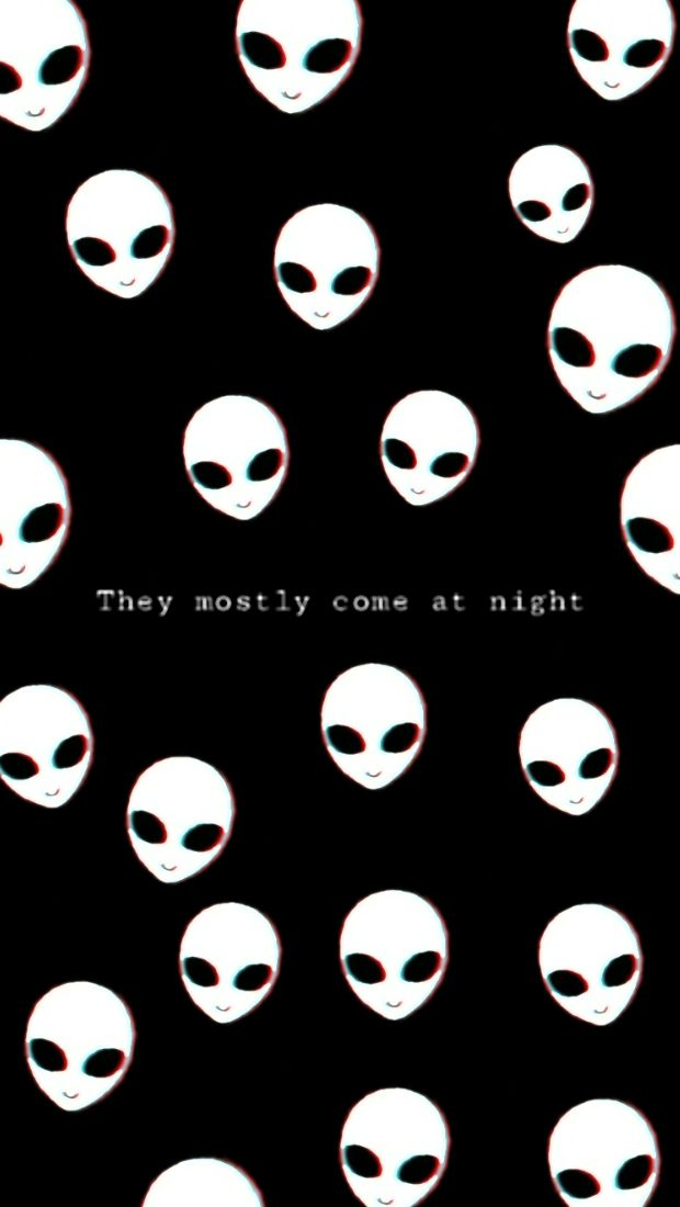 Pin By Anahiis Cruz On Aliens Cryptids Spooks The Government Gothic Wallpaper Aesthetic Wallpapers Alien Aesthetic