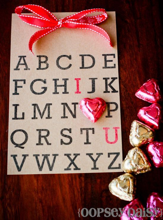 cute, easy valentine :) loveeeeeValentine'S Day, Valentine Day Ideas, Cute Cards, Mothers Day, Valentine Day Cards, Cute Ideas, Valentine Cards, Valentine Gift, Valentine Ideas