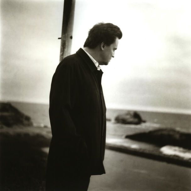 "Mark Kozelek – ""God Rest Ye Merry Gentlemen"" (Stereogum Premiere)"