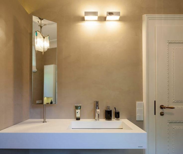 Beton Cirè meets Altbau-Villa, Gäste-WC: moderne Badezimmer von Einwandfrei - innovative Malerarbeiten oHG