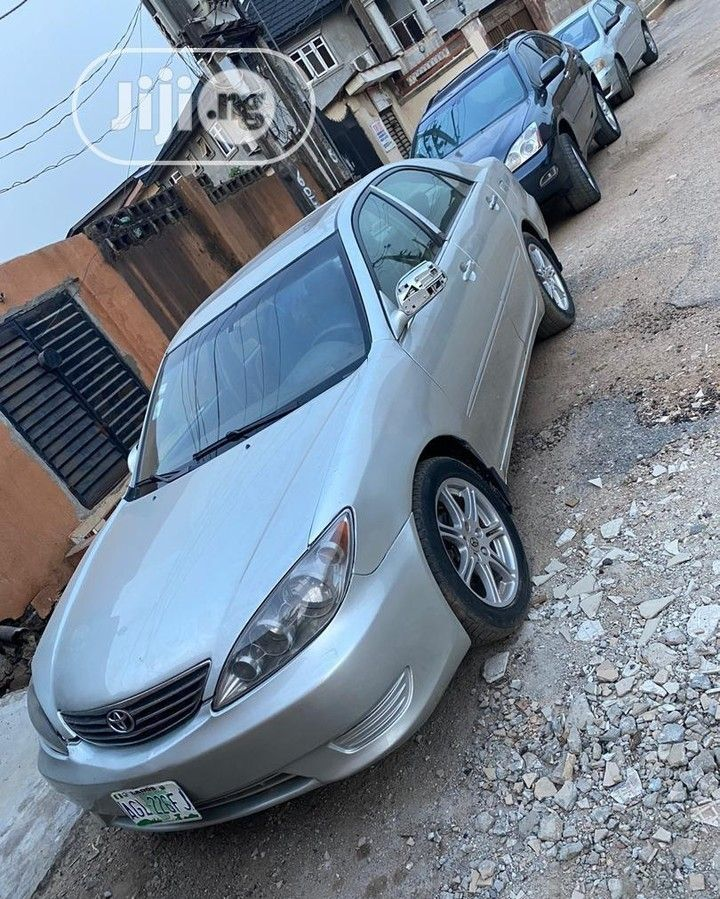 Toyota Camry 2005 Silver Nigerian Used Toyota Camry Le Negotiable Location Is Ikeja Toyota Usedcars Toyotacamry2005 Camry2005 In 2020 Camry 2005 Camry Used Toyota