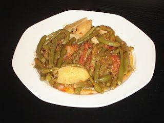 Authentic Greek Recipes: Greek Fresh Green Beans (Fasolakia)