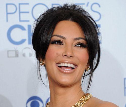 Updo-Kim-Kardashian-HairstylesKim Kardashian Updos