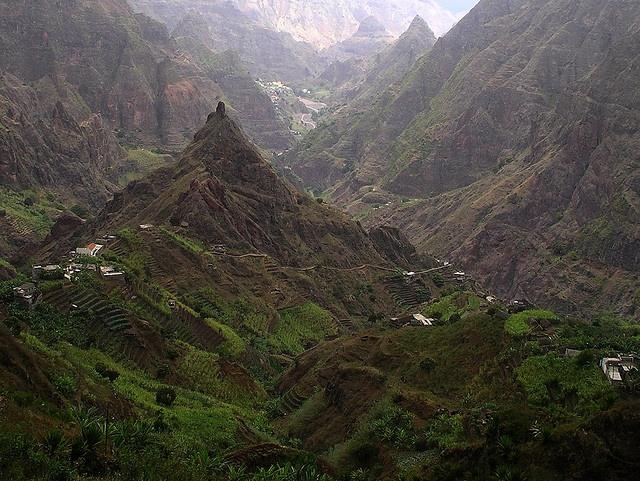 Montañas impressionantes en Cabo Verde - Impressive Mountains in Cape Verde