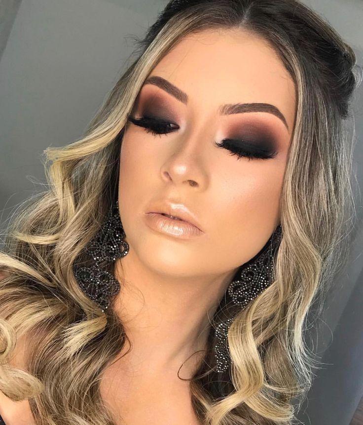 10 TRUQUES DE MAKE QUE VOCÊ PRECISA CONHECER #maquiagemformatura #maquiagemcomofazer #maquiagemtuto… | Maquiagem formatura, Maquiagem escura, Maquiagem olhos pretos