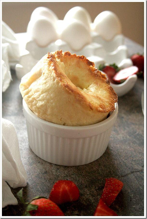 Creamy Cheesecake Popovers http://doughmesstic.com/2012/04/05/creamy ...