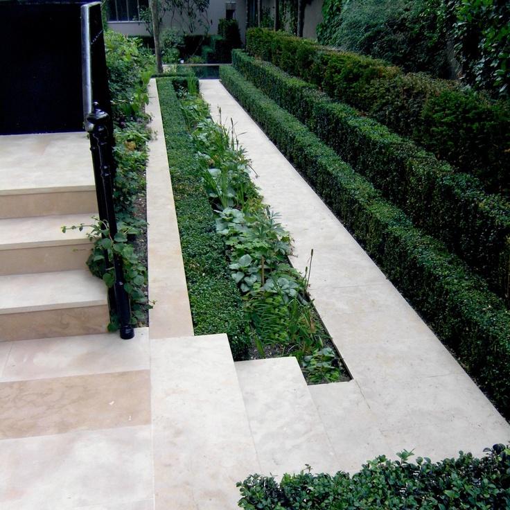 Private Contemporary Garden by Julien Decker of Armandii
