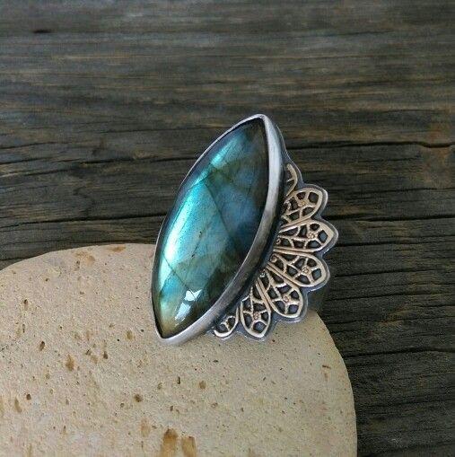 Ring with labradorite.