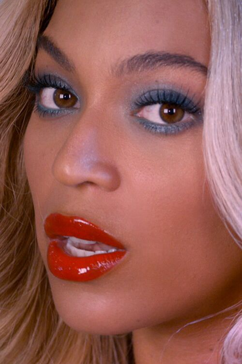 Beyonce makeup, red lipstick, lipgloss : CALL me : Pinterest : Fourth ...