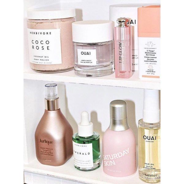 7 Ways To Make Your Skin Glow In The Winter Beauty Care Simple Skincare Skin Care