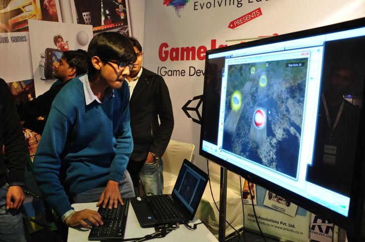 Student playing games which were developed by the participants .