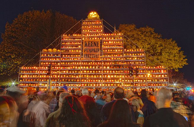 New Hampshire Pumpkin Festival - Laconia, NH - World Record Holder for most lit jack-o-lanterns in one place at one time!