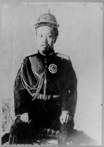 Sunjong was the last Emperor of Korea: Sunjong was the last ruler of Korea who descended from the Joseon Dynasty, which had ruled over Korea since 1392. When he was dethroned in 1910, it ended a run of more than 500 years under the same family.
