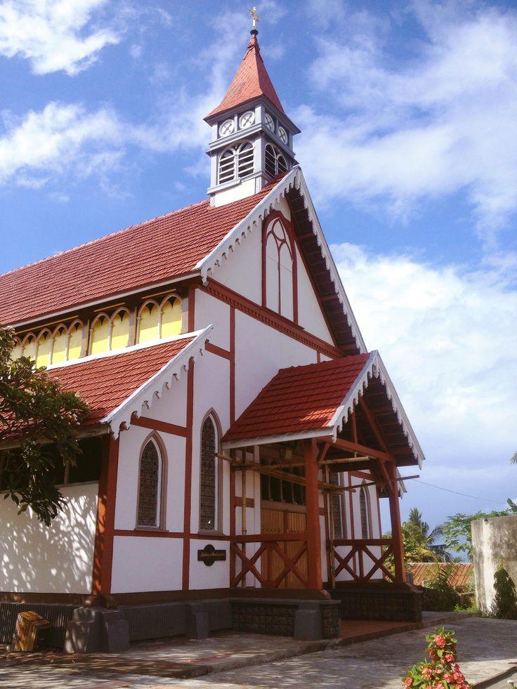 Gereja Tua Sikka - Flores #sikkaofflores #portuguesebuilding #maumere #catholic #church