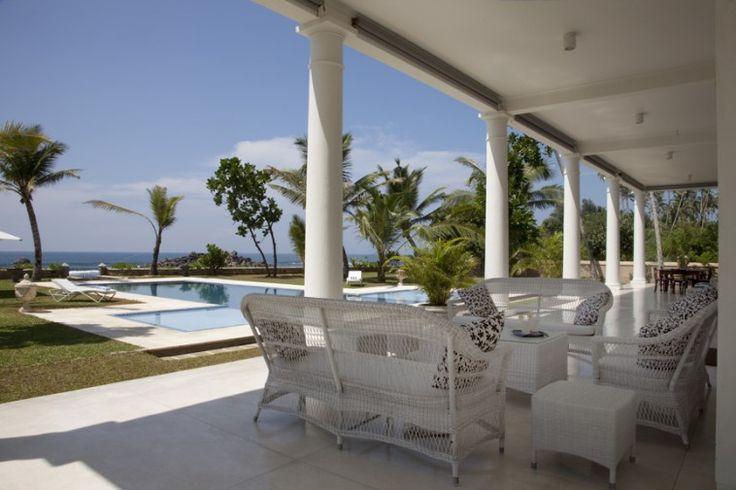 Galle luxury holiday rental, Ahangama Beachfront Villa   Amazing Accom