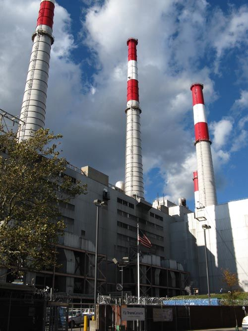 Big Allis (Ravenswood No. 3 Electric Power Generator), Ravenswood, Long Island City, Queens, October 21, 2010