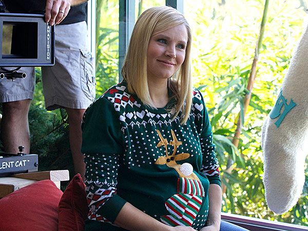 Why Kristen Bell and Dax Shepard Plan to Focus on Their Firstborn http://celebritybabies.people.com/2014/11/25/kristen-bell-dax-shepard-samsung-holiday-commerical/