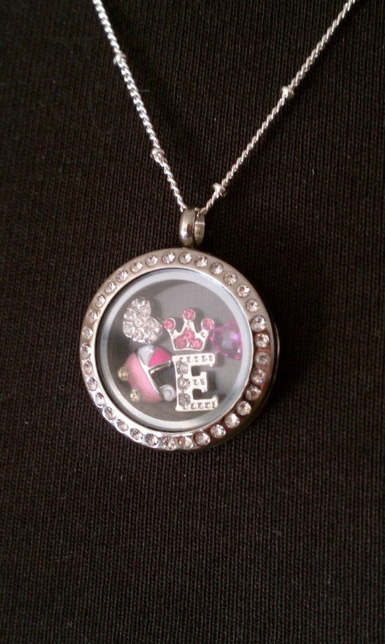 pendant foot quartz footsteps personalised pin girl baby rose