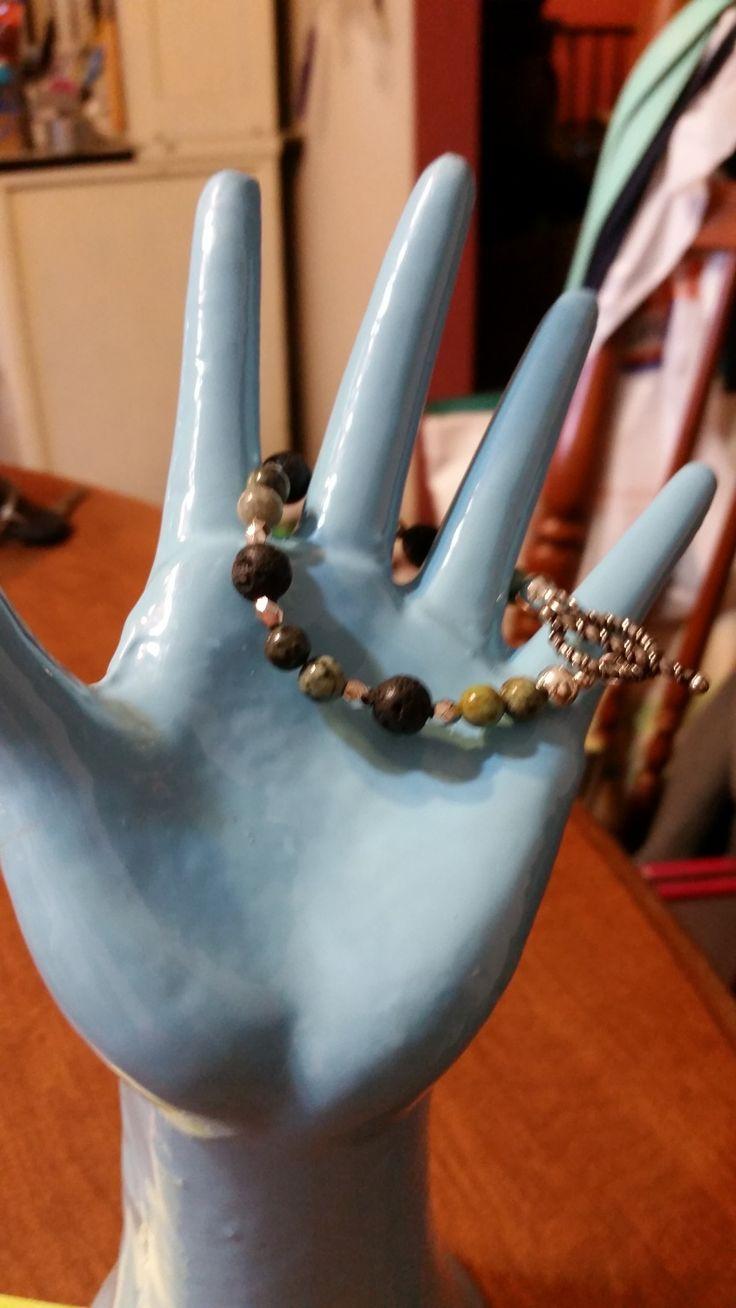 EDITOR'S CHOICE (12/28/2016) Marissa bracelet by Jean Bruce View details here: http://jewelers.community/creations/4116-marissa-bracelet
