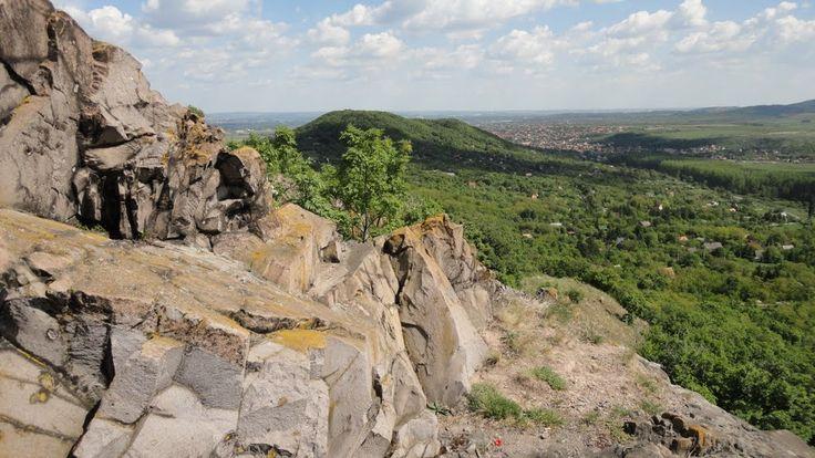 Kis-Csikóvári kilátás Pomáz és a Mesélő-hegy felé, by csebacsi