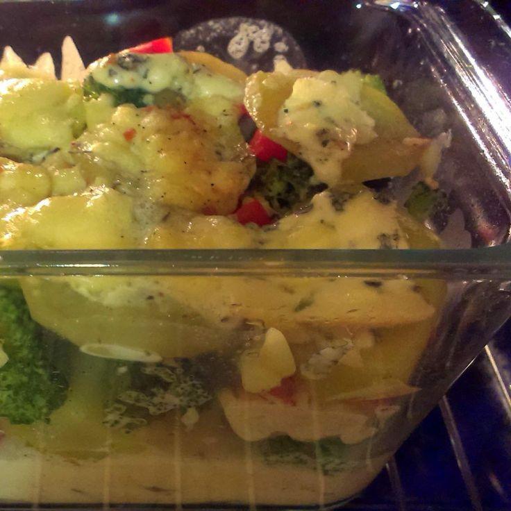 Przepis Zapiekanka serowo-brokułowa z ziemniakami przez ajcyrtap - Widok przepisu Dania główne z warzyw