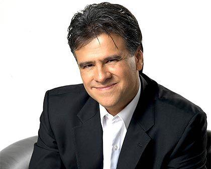 Biografia de Carlos Cuauhtémoc Sánchez