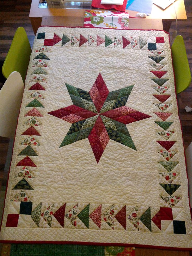best 25 christmas runner ideas on pinterest quilted table runners christmas christmas table. Black Bedroom Furniture Sets. Home Design Ideas