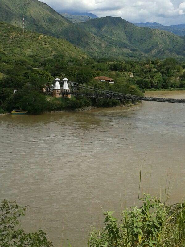 el puente hermoso