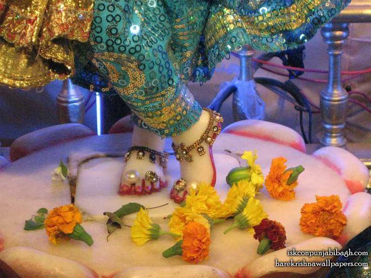 Sri Radhikaraman Feet Wallpaper