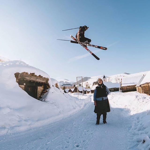Jupííí téma #praveslovenske lyžovanie pokračuje a zima tiež  parádička od @matt.slavkovsky   Freeski park v Liptovskej Tepličke