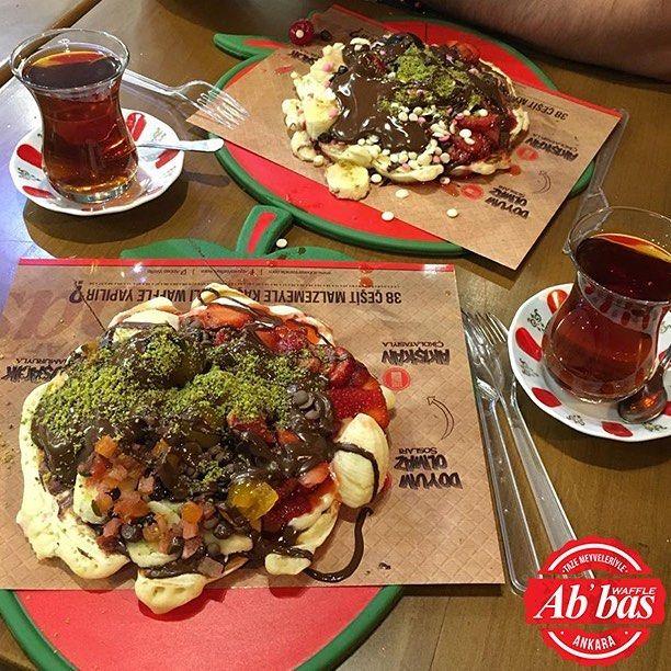 Haftaya sendromsuz başlamanın formülü: İki waffle, iki de çay! #AbbasWaffleAnkara