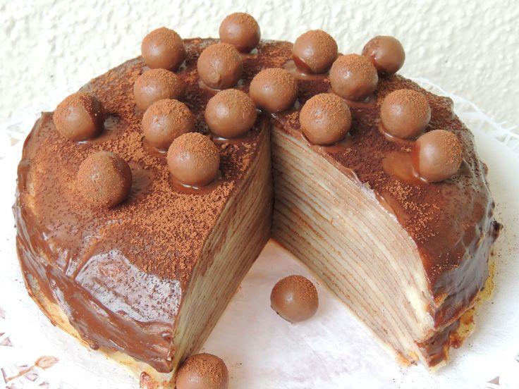 Palacinková torta s čoko-mascarpone krémom
