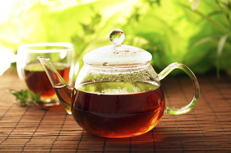 Voici les 3 infusions «incontournables» et faciles à concocter de mon régime yogique pour une santé optimale: 1-Yogi Tea Le Yogi tea est excellent en tout temps. J'ai l'habitude de me faire un litre le matin que je bois durant toute la journée. L'aliment favori de chacun pour le sang, le colon, le système nerveux […]