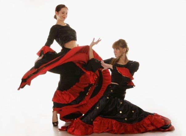 Национальный танцевальный костюм испании