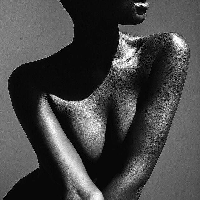 Susannah Martin pinta o corpos femininos e masculinos