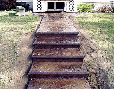 Colored Amp Stamped Concrete Steps Front Yard Pinterest