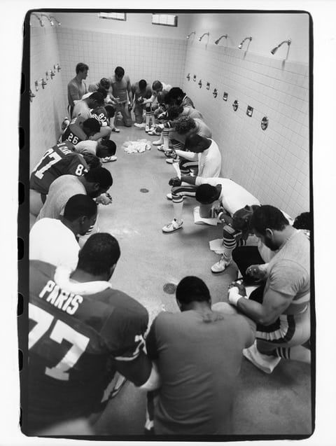 1985 More locker room prayers, this time from the San Francisco 49ers players ahead of Super Bowl XIX against the Miami Dolphins