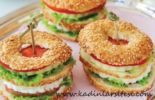 Susamlı Simit Sandviç
