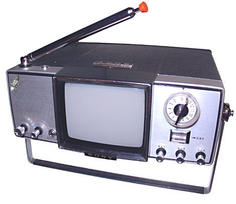 Sony TV-400V Micro TV - 1965 // mini TV's!!!