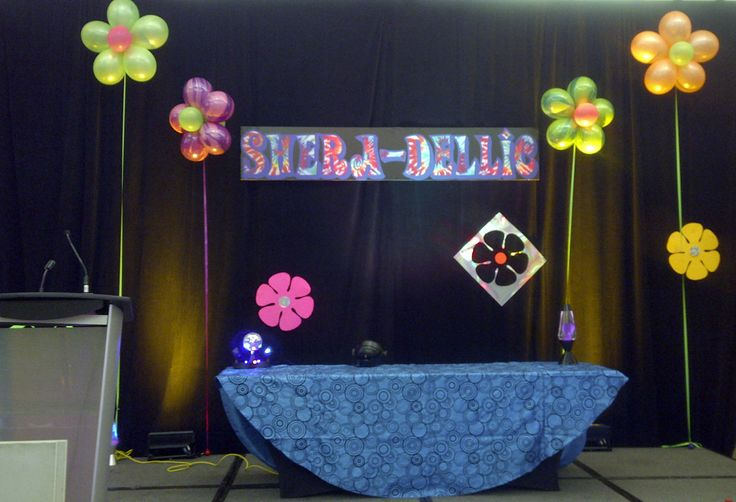 #flowers #balloons #corporateevents #companyparty #eventstoronto #ballooncorporateevents #summerparty #holidayparty #eras #decades #themedevents
