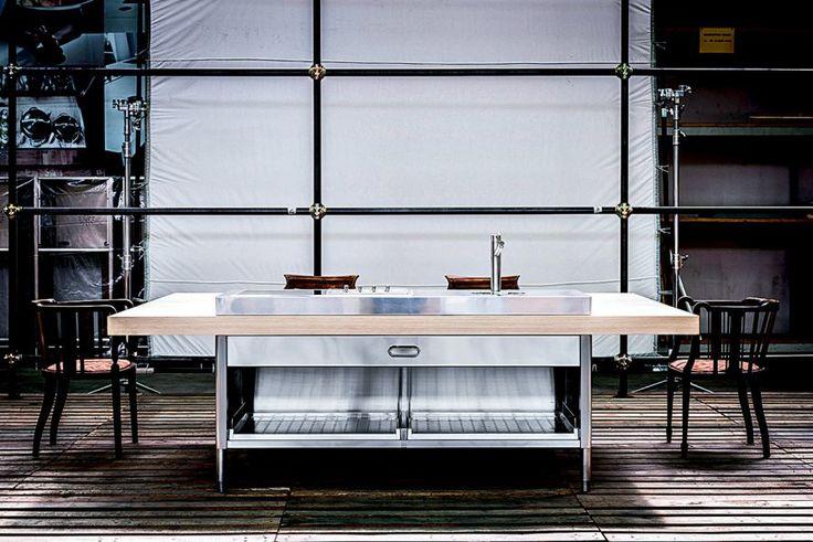 une cuisine bleu gris ikea escalier d coration. Black Bedroom Furniture Sets. Home Design Ideas