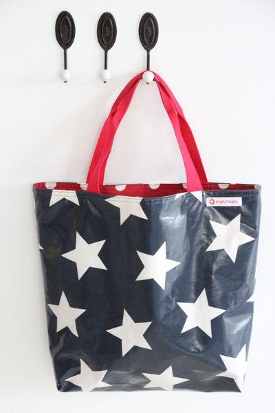 Shopper aus Wachstuch, Sterne marine/rot 45 x 35  von maru*maru - Kinder(t)räume auf DaWanda.com