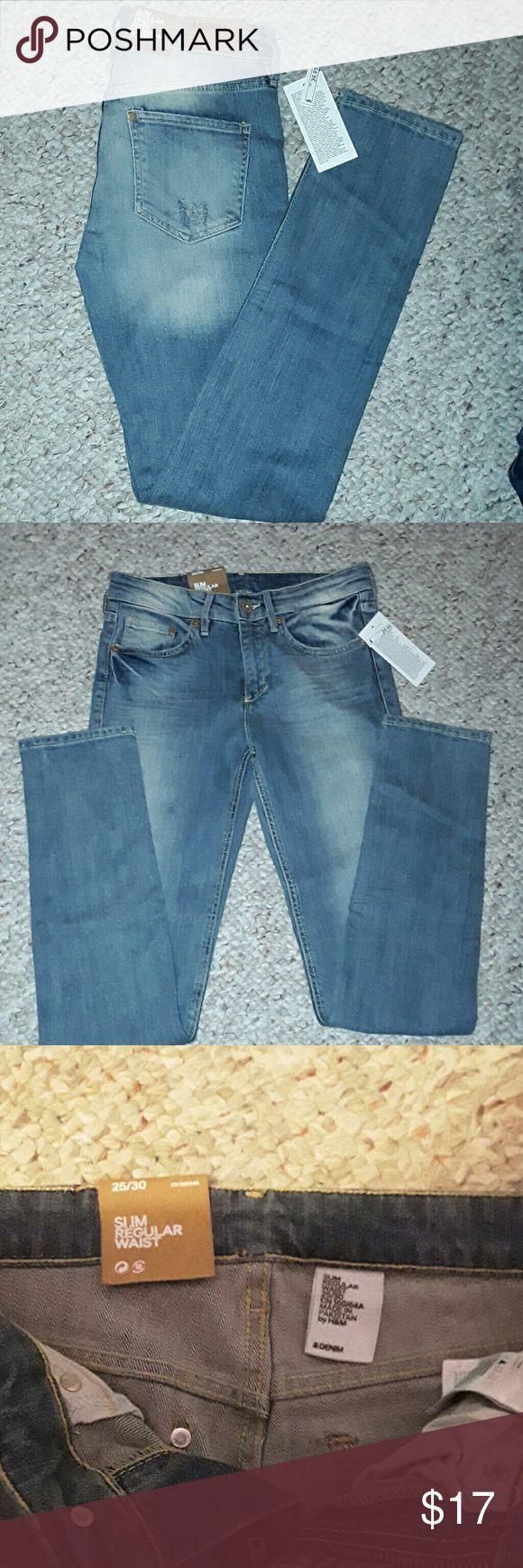 NWT HM Light Wash Skinny Jeans Size 25/30 HM light wash skinny jeans size 25/30 hm Jeans Skinny