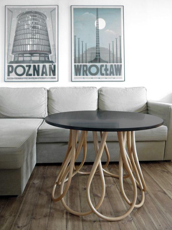 Stolik, designerski stolik , polski design. Zobacz więcej na: https://www.homify.pl/katalogi-inspiracji/26678/6-sposobow-na-szybka-i-niedroga-metamorfoze-salonu