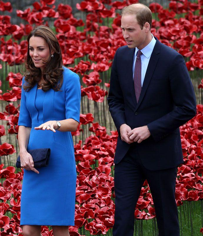 Семейный альбом: детство британских монархов - http://russiatoday.eu/semejnyj-albom-detstvo-britanskih-monarhov-2/ Когда Уильям, Гарри, Кейт и другие члены королевской семьи Великобритании были маленькими  Британия во всю готовится к появлению на свет второго ребенка герцога и герцогини Кемб