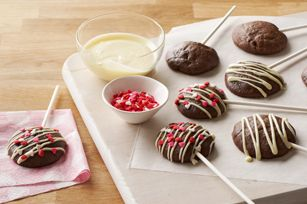 Sweetheart Chocolate Lollipops