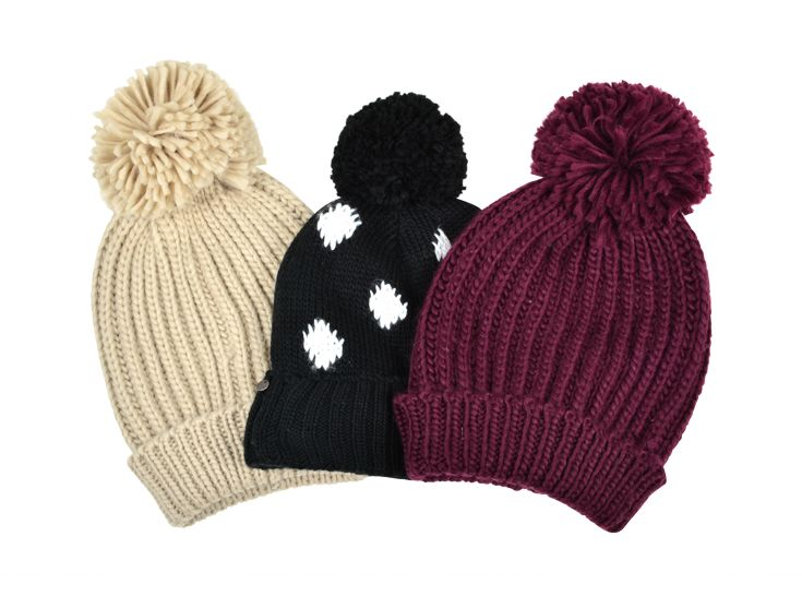 Slouchy Hats with Pom-Pom. #hotforholiday