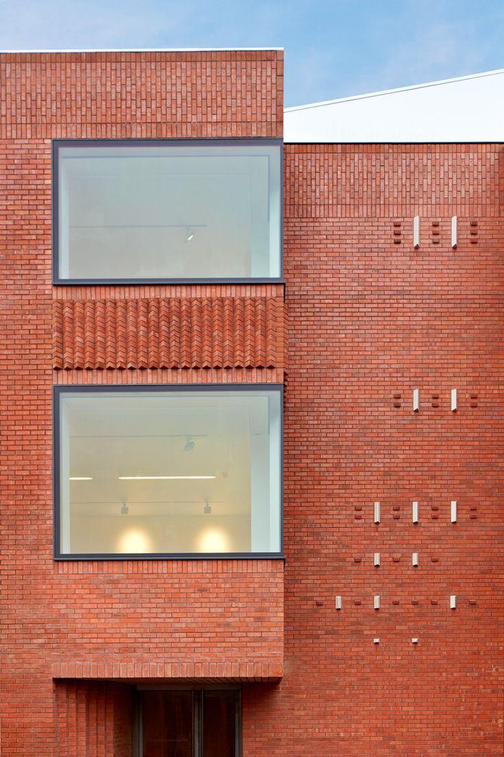 New Whitworth Art Gallery Manchester McInnes, Usher, McKnight Architects